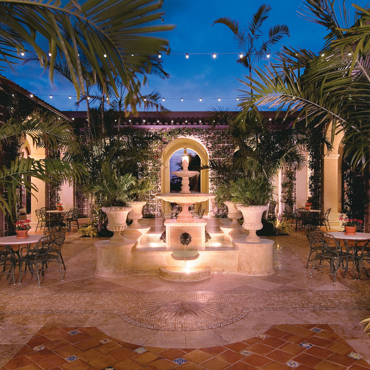 The Breakers Palm Courtyard